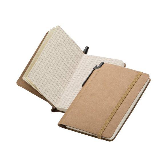A5-ös kockás jegyzetfüzet